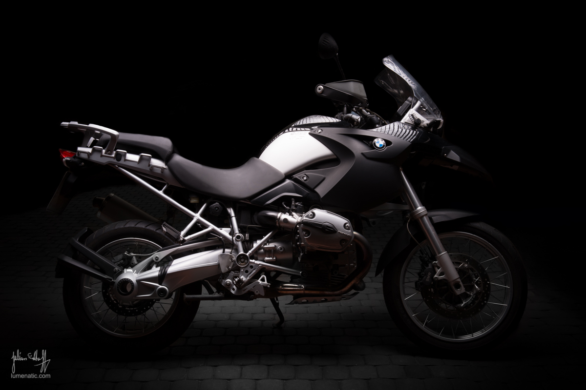 Studio shoot: BMW R 1200 GS