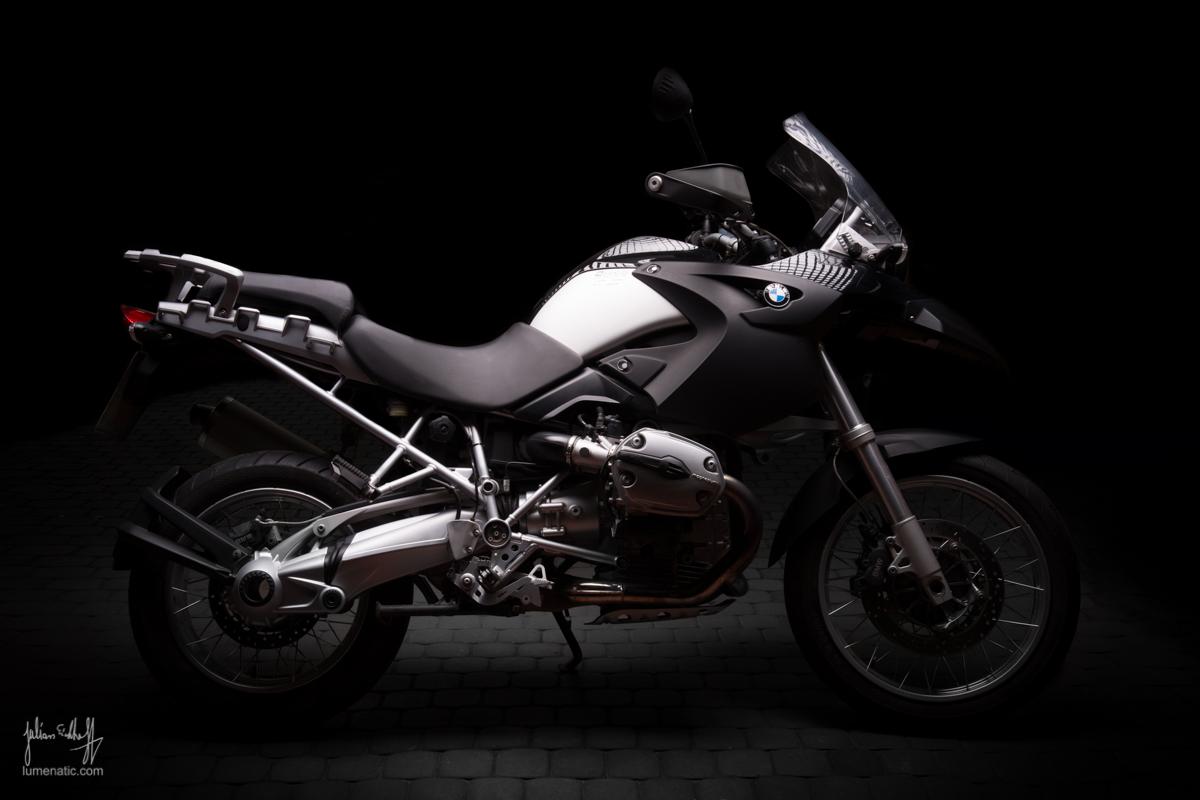 Studio shoot: BMW R 1200 GS