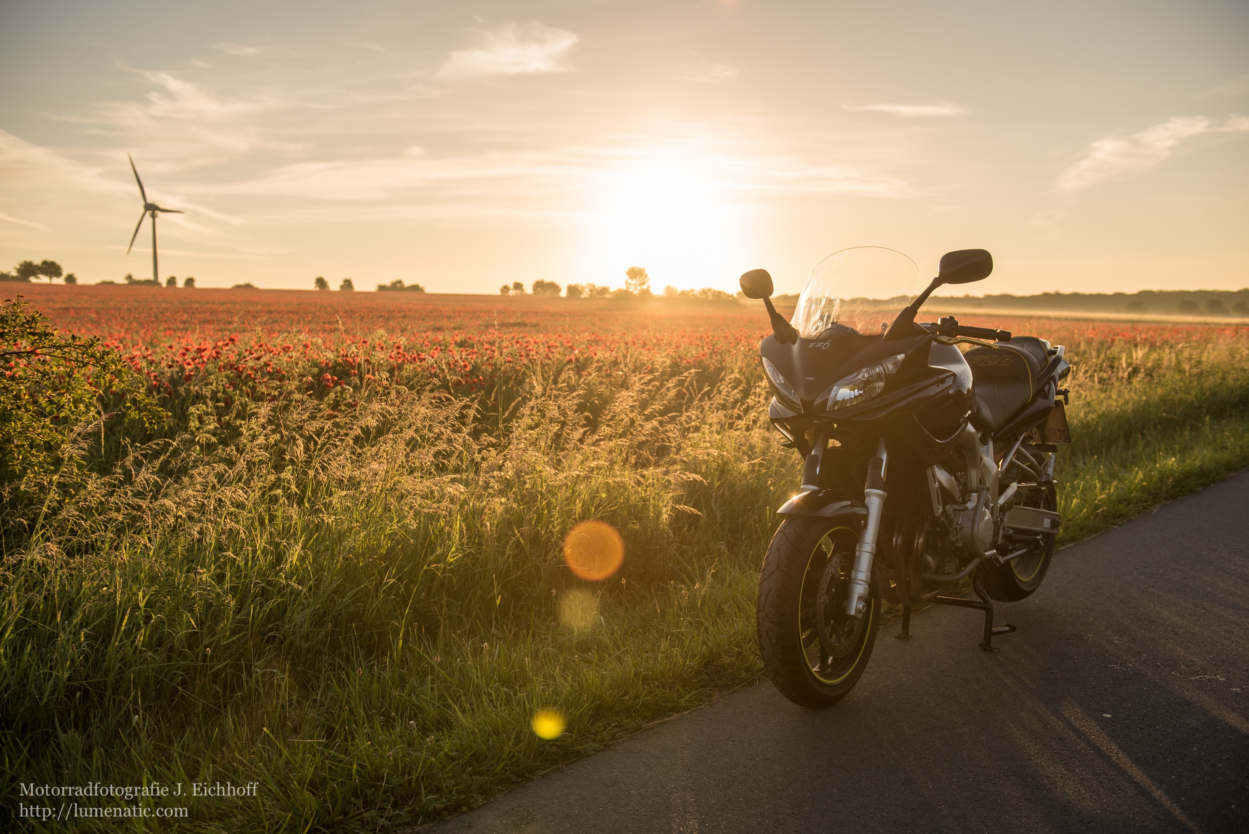 motorradshooting, shooting, motorradfotos, motorradfotografie, motorradfotograf, bikeshooting, bikefotos, motorrad, mopedbilder, fahraufnahmen, studiofotos, studiofotografie, motorrad foto, bikeportrait, produktfotografie, produktfotograf, werbefotografie