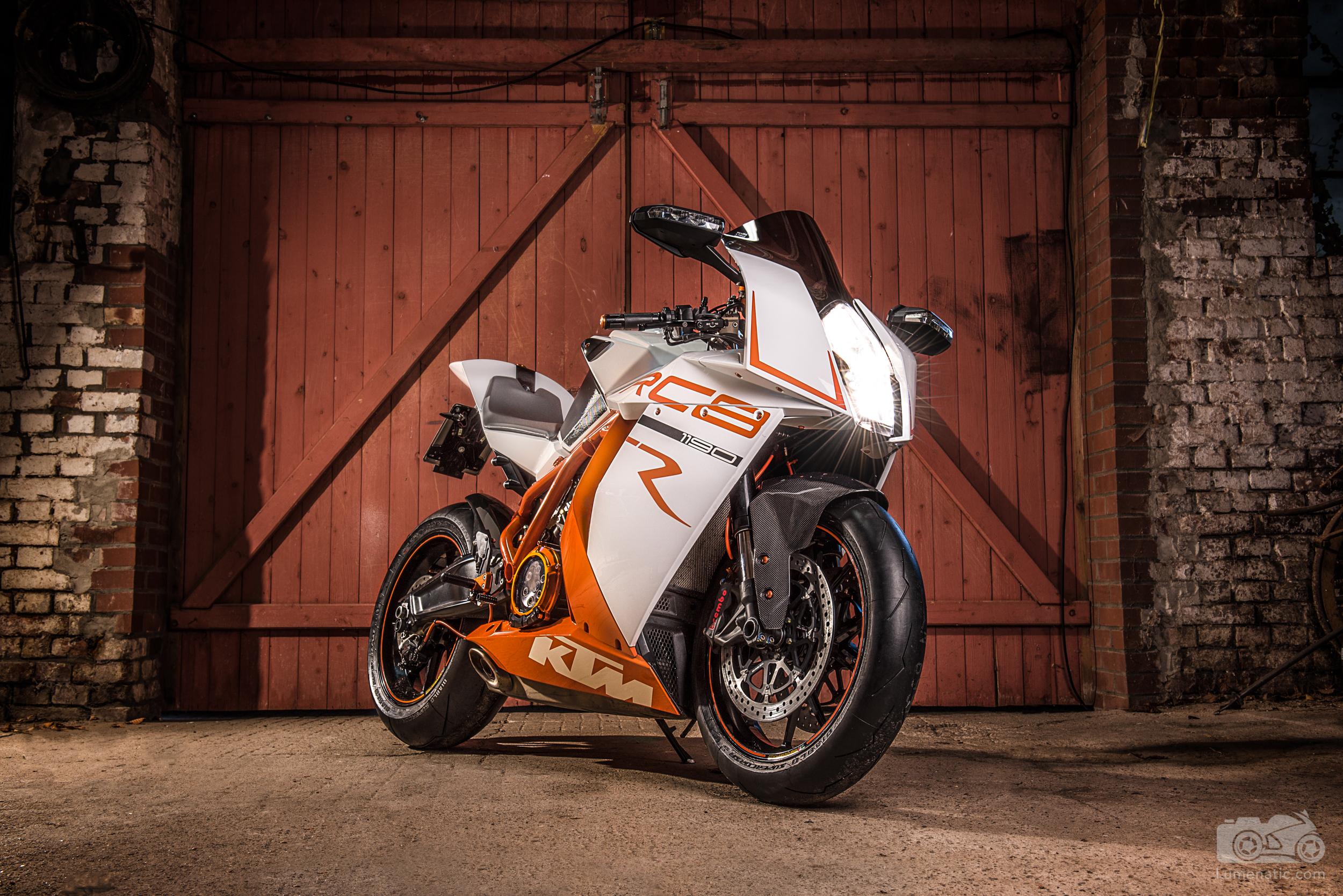 20181209-KTM-RC8-001
