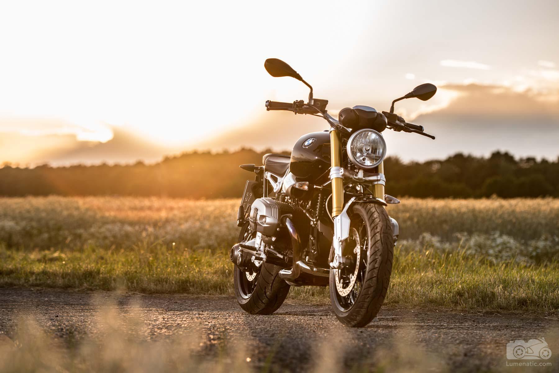 BMW RnineT Sunset